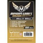 Mayday Magnum Gold 100 fundas para cartas 80x120 mm para juegos como Dixit o Bar Bestial. Ideales para mantener tus cartas como nuevas, disponible para comprar en Lámpara Mágica Shop Sevilla.